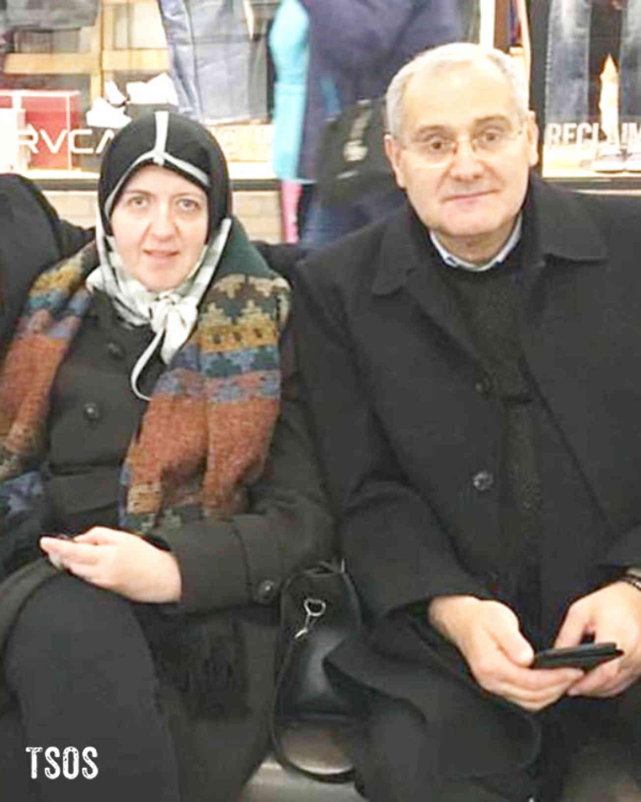 Abdul And Raoua Copy
